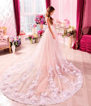 Платье выпускнице на выпускной вечер